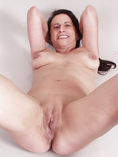 Shaved Moms Pics